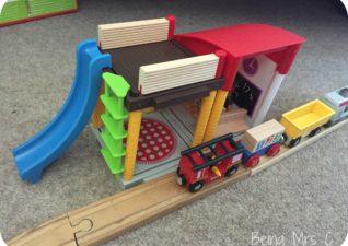 Brio World Village School Playset